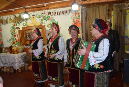 Народные песни , отдых зимний в лагере