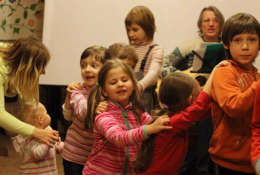 Детские зимние каникулы с лагере для всей семьи