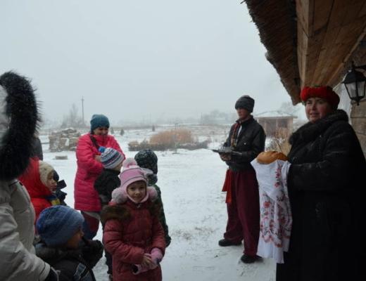 Песни и танца в лагере КАНИКУЛЫ ДУШИ для всей семьи