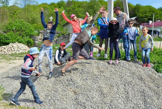 Семейное путешествие вместе с лагерем Каникулы Души